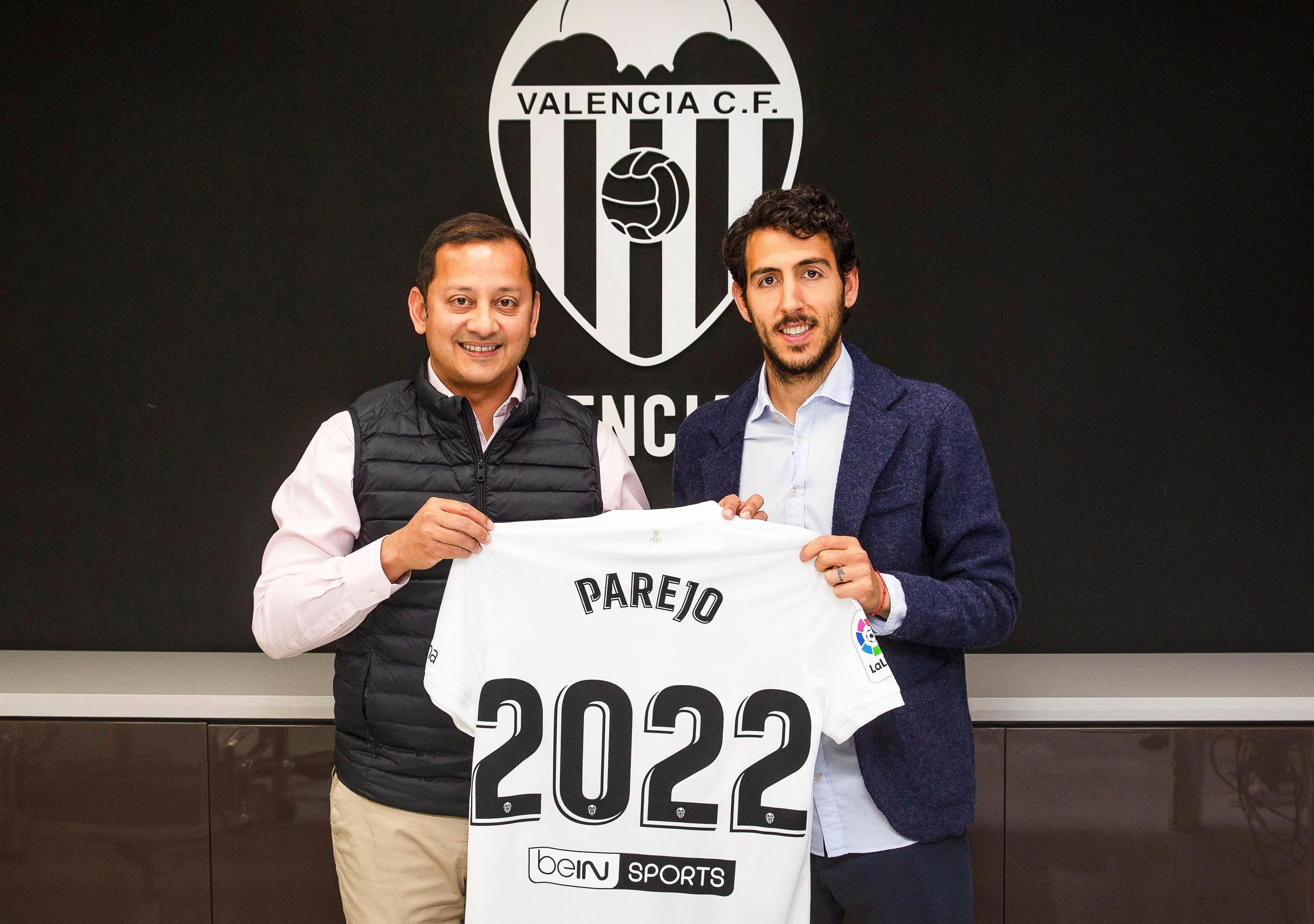 He recently penned a new contract to keep him at the Mestalla until 2022