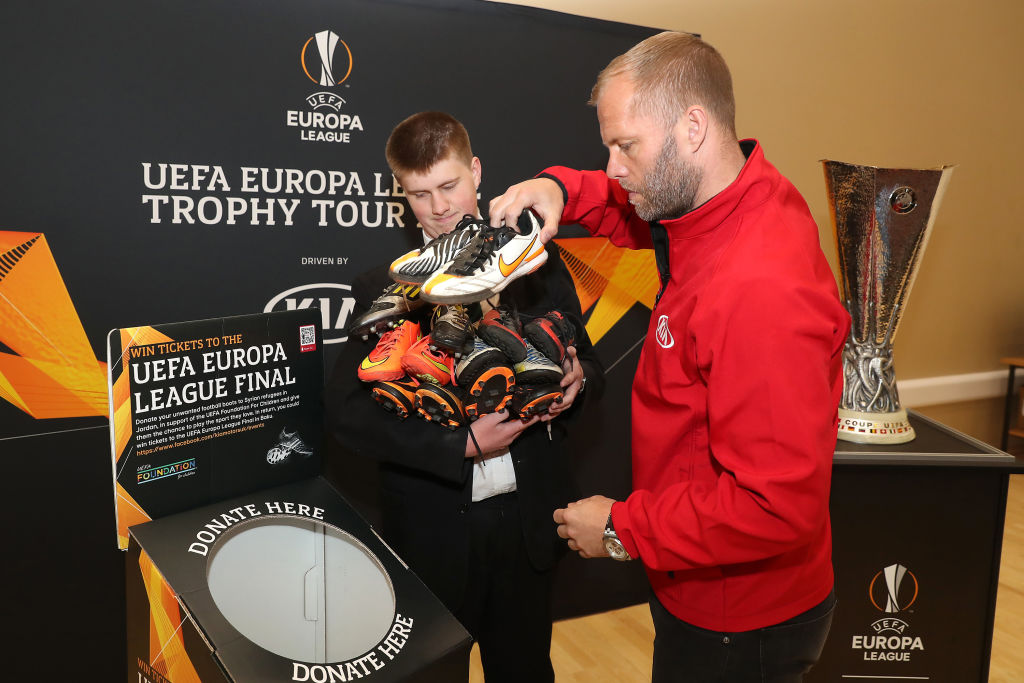 Gudjohnsen joined the Europa League trophy tour in London as fans queued to donate their old football boots