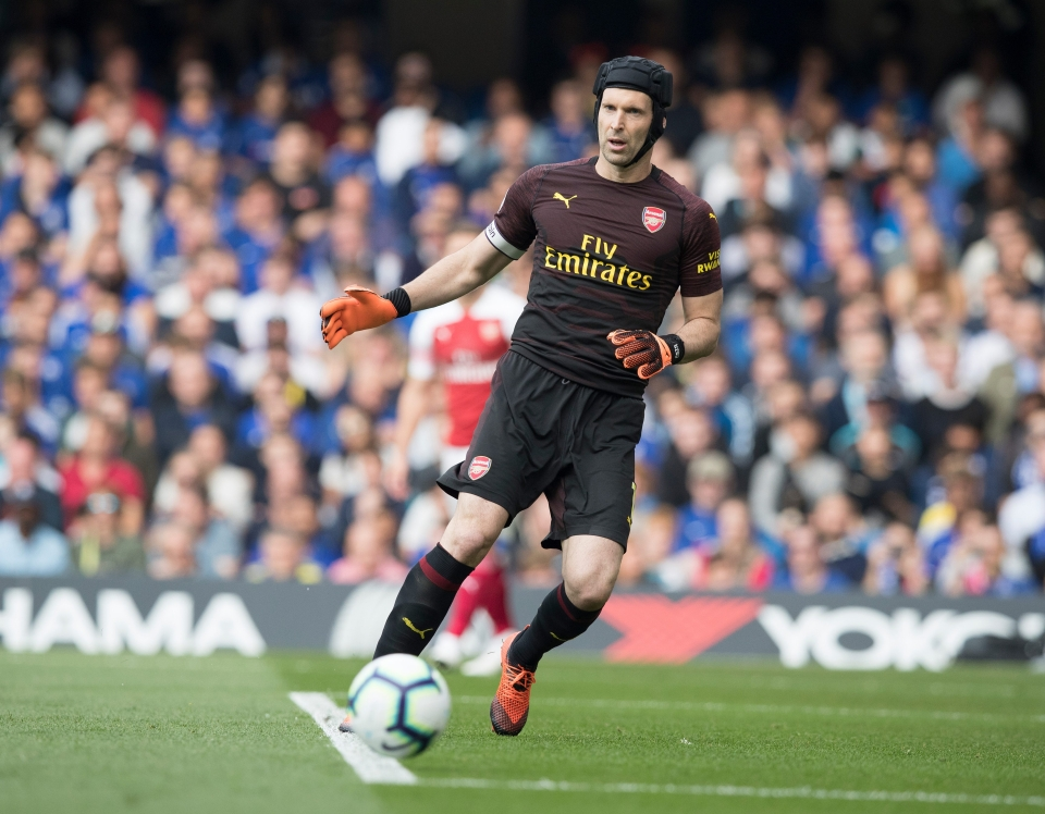 Cech is a man of many talents but smart distribution is not one of them