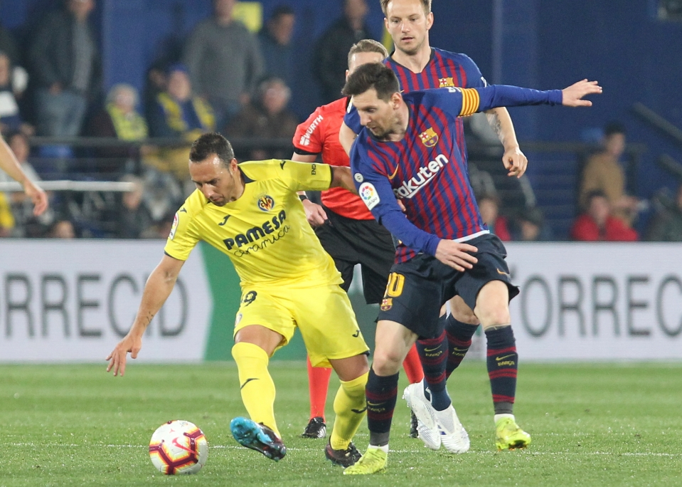 Messi learning a few things