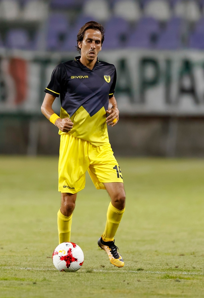 Benayoun turns out for Israeli side Beitar Jerusalem these days