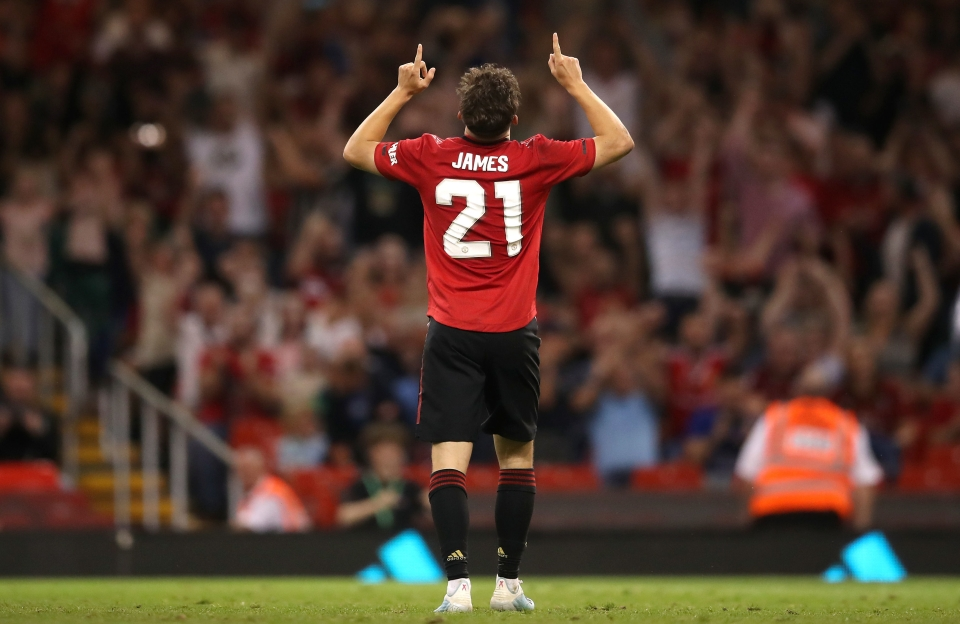 Dan James > James Rodriguez