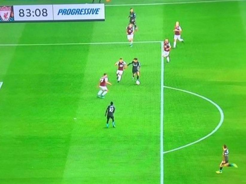 Salah opted to shoot instead of pass to Mane