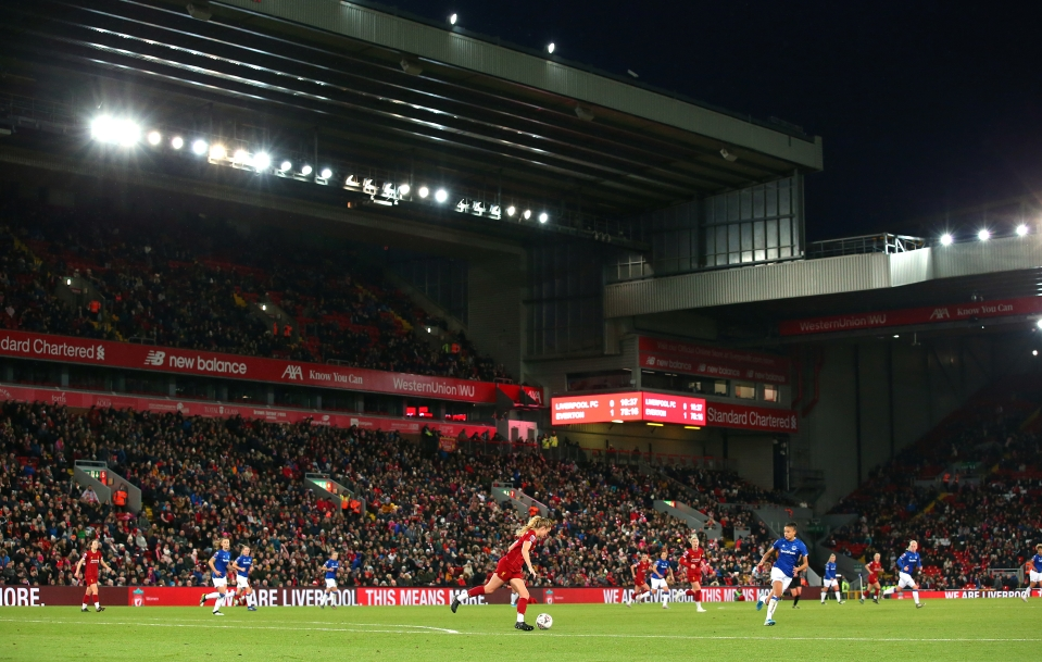 Excellent crowd at Anfield