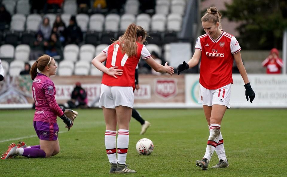 Recognise this celebration, Arsenal fans?