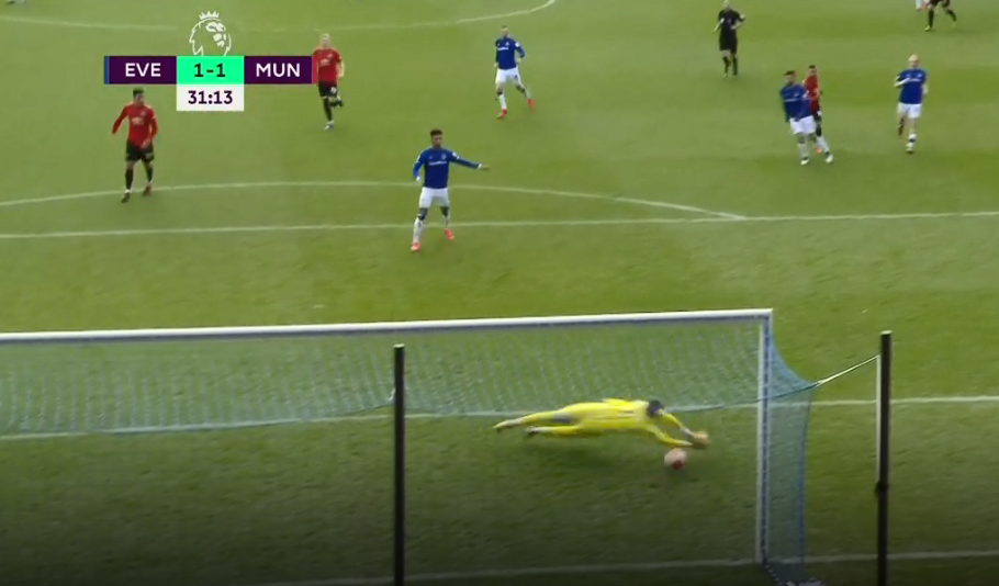 Should Pickford be doing better here?