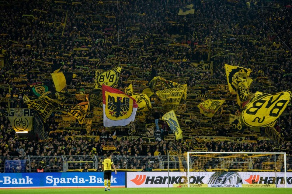 The famous Yellow Wall
