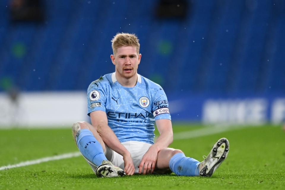 Will KDB gain ground on Fernandes this month?