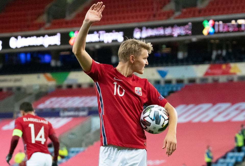 Norway's gameplan: Odegaard passes to Erling Haaland