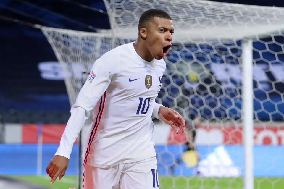 Dream Team Euros gaffers have a big decision to make