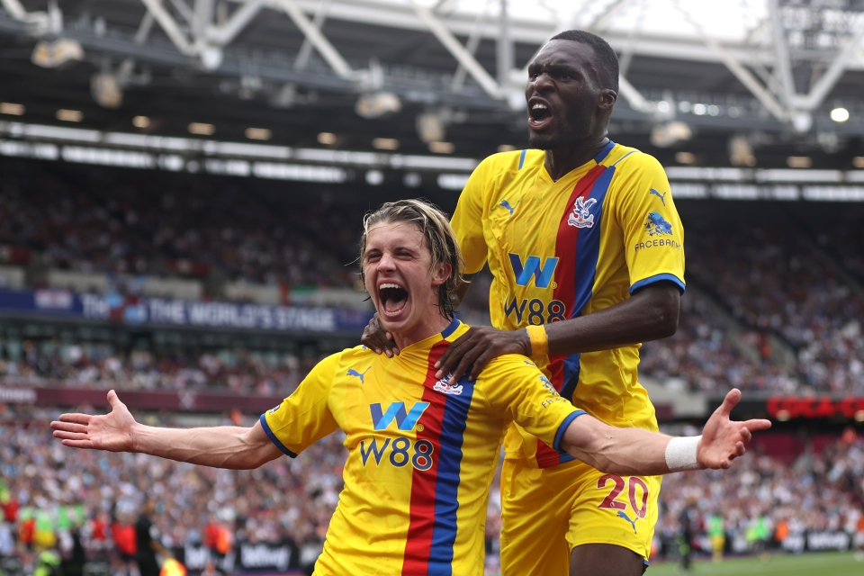 Gallagher's brace earned Palace a point at West Ham